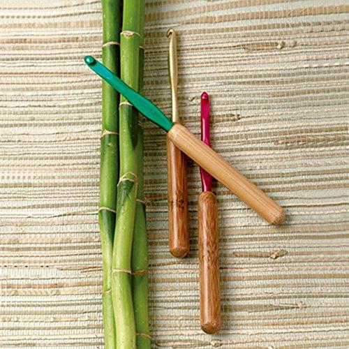 Susan Bates Bamboo & Aluminum Crochet Hooks-Set of 14 Crochet Hooks - Bamboo Handle Crochet Hooks