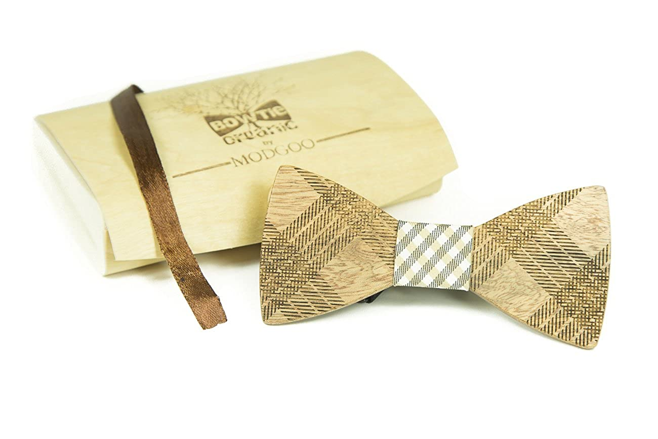 Modgoo Organic Wood Bow Tie Black and Beige Rail
