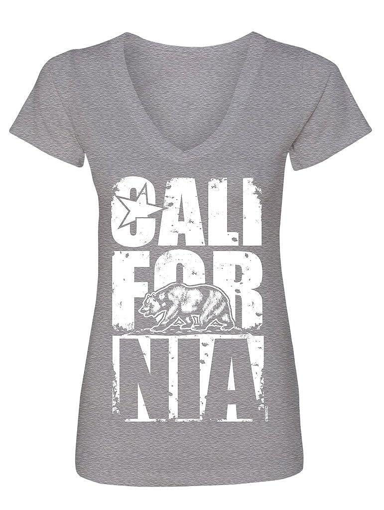 840655d90d Amazon.com: Manateez Women's California Bear Block Letters V-Neck Tee  Shirt: Clothing