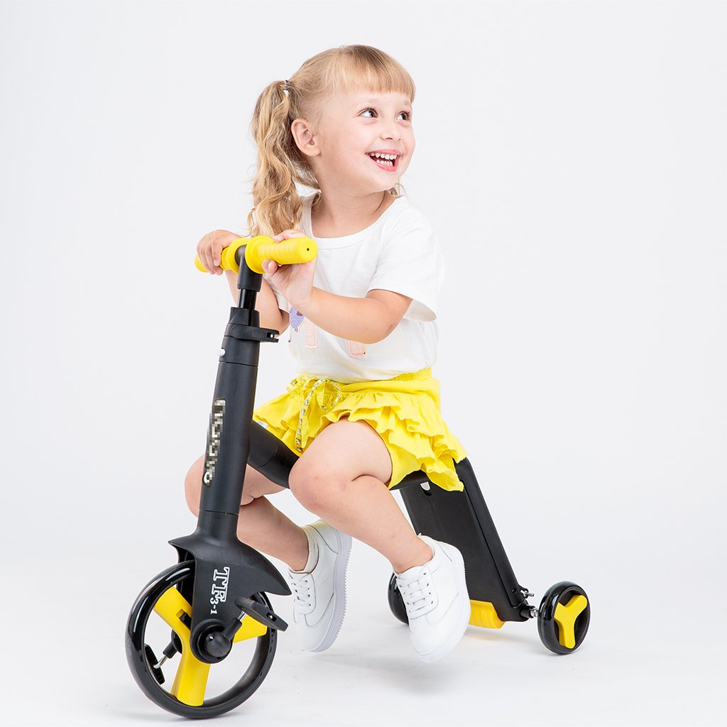 【楽天最安値に挑戦】 スクーター折りたたみ式の子供の漫画多機能の乗り物の幼児の手のプッシュ3つのラウンドPUホイールは3-12歳に座ることができます Yellow Yellow B07FRSKH6N Yellow Yellow, アマギシ:ee2aeabf --- a0267596.xsph.ru