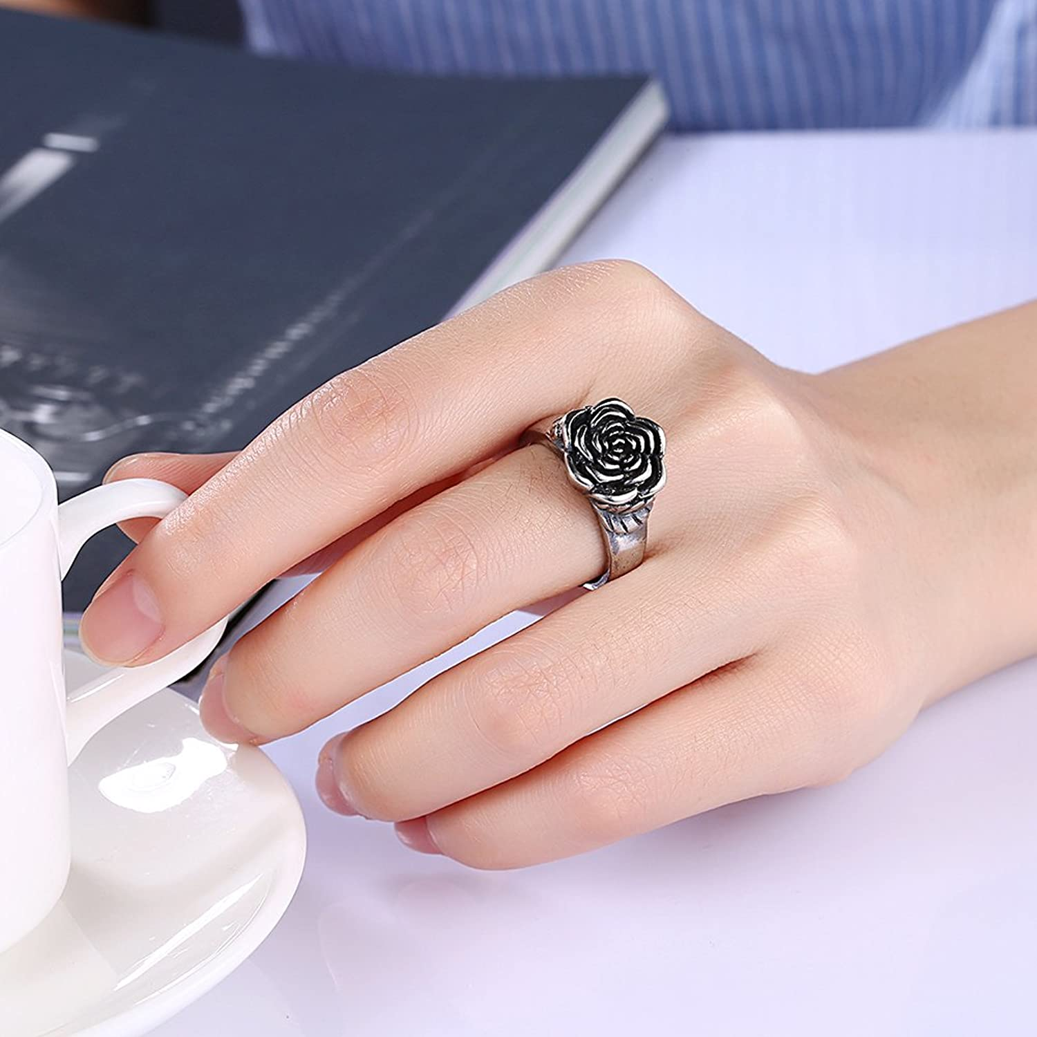 Beautiful Rose Flower Ring Finger Ring Female Retro Fashion Jewelry ...