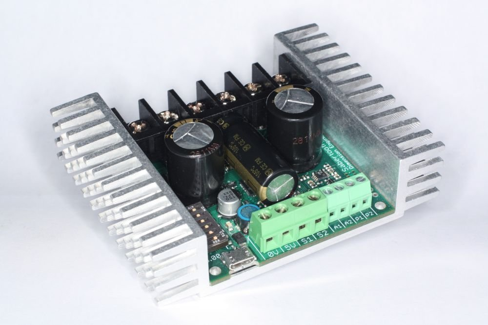 Sabertooth Dual 32A Motor Driver by Dimension Engineering
