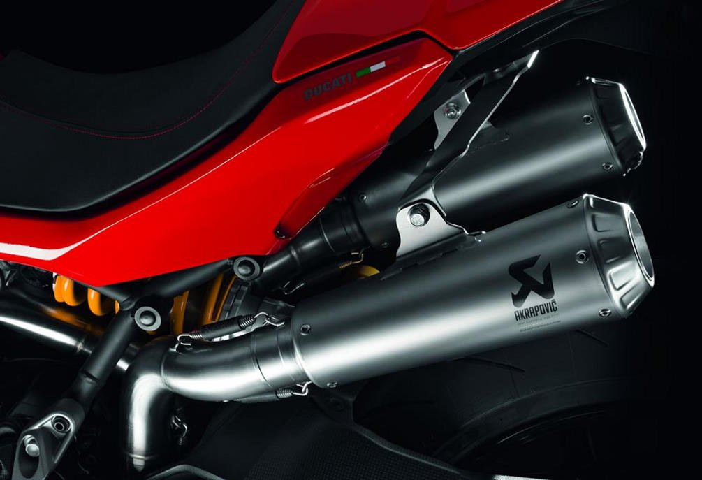 Ducati New Supersport Complete Racing Exhaust by Akrapovic Titanium 96481181A