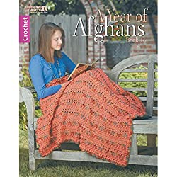A Year of Afghans Book 16-12 Seasonal Throws from Breezy Summer Designs to Cozy Winter Wraps