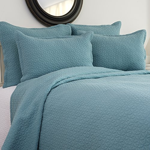 C&F Home Manchester Quilt Set, King, Aegean, 3 Piece by C&F Home