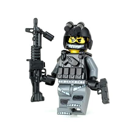 Battle Brick Army Helicopter Crew Chief Soldier Custom Minifigure: Toys & Games