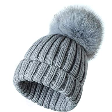 cc6b9feb61b ... Winter Crochet Hat Knit Beanie with Large Fox Fur Pom Pom Ball Pompoms  Bobble Ski Snowboard Cap Grey(Size  One size fit all)  Amazon.co.uk   Clothing