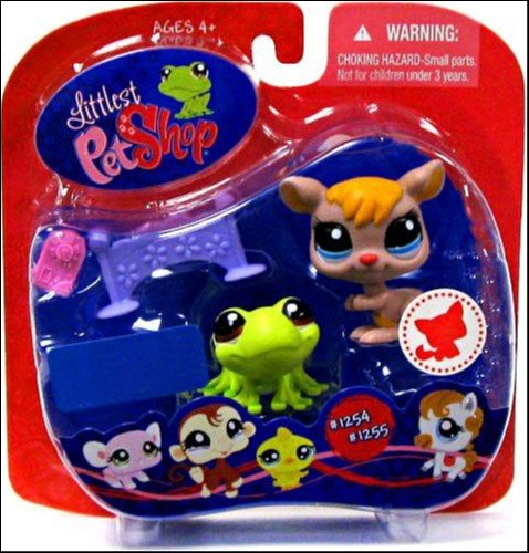 Littlest Pet Shop Exclusive Pet Pairs Portable Collectible Gift Set - Green Frog (#1254) and Brown Kangaroo (#1255) Plus Accessories (Brown Green Frogs)