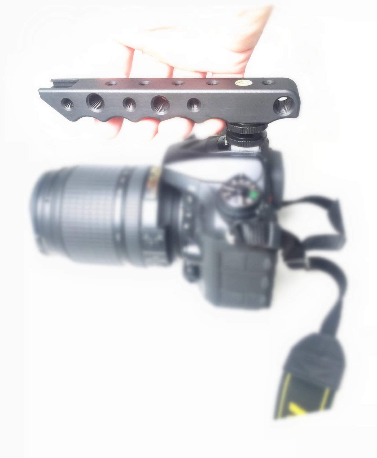 Riqiorod Video Stabilizing Top Handle & Cold Shoe Extender for Canon EOS, Nikon, Olympus & Pentax DSLR Cameras Video Light Camera Monitor
