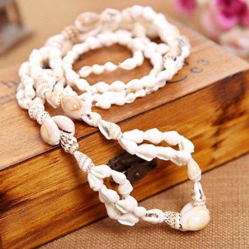 Fait main naturel de conque collier tricot chaîne de vacances les fonds nécessaires sur la plage