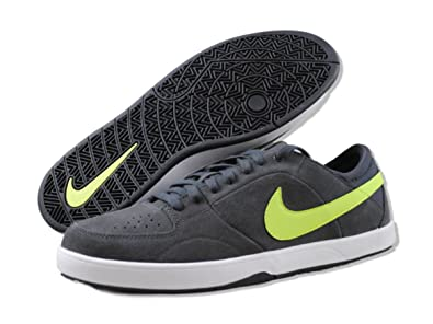 d45962f91fba Image Unavailable. Image not available for. Color  Nike 6.0 Mavrk 3 Shoes  ...