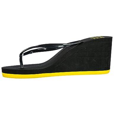 Amazon.com: EA7 Flip Flops Emporio Armani 7 915002 ...