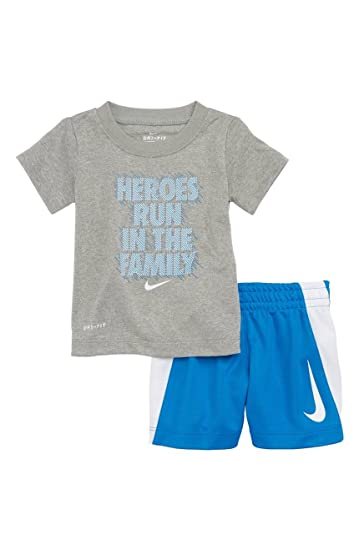d5b34be99b846 Nike Baby Boys' 2-Piece Outfit