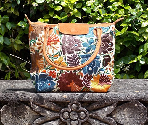 flores-cream-embroidered-floral-purse-by-fresco-fabrics