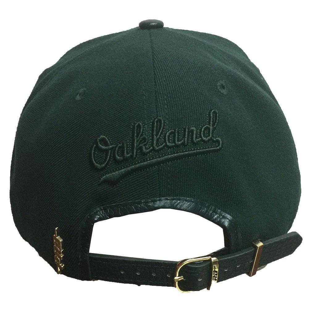 Pro Standard Men s MLB Oakland Athletics A s Baseball Logo Metal Plate  Curve Hat  Amazon.co.uk  Clothing a4d59def79fe