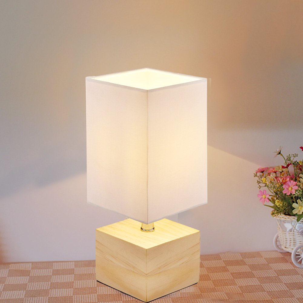Viugreum Table Lamp, Simple Solid Wood Lamp, Mini Bedside Led Table Lamp, Square Lampshade Led Wooden Desk Lamp, for Bedroom Living Room Coffee Table - White (Bulb included)