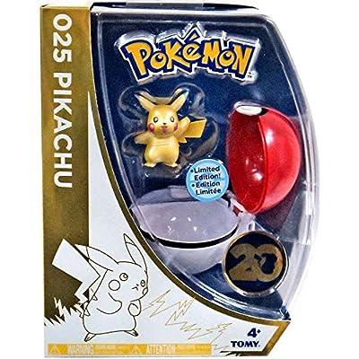 Pokemon 20th Anniversaire Pikachu Figurine avec Métalliques Pokeball