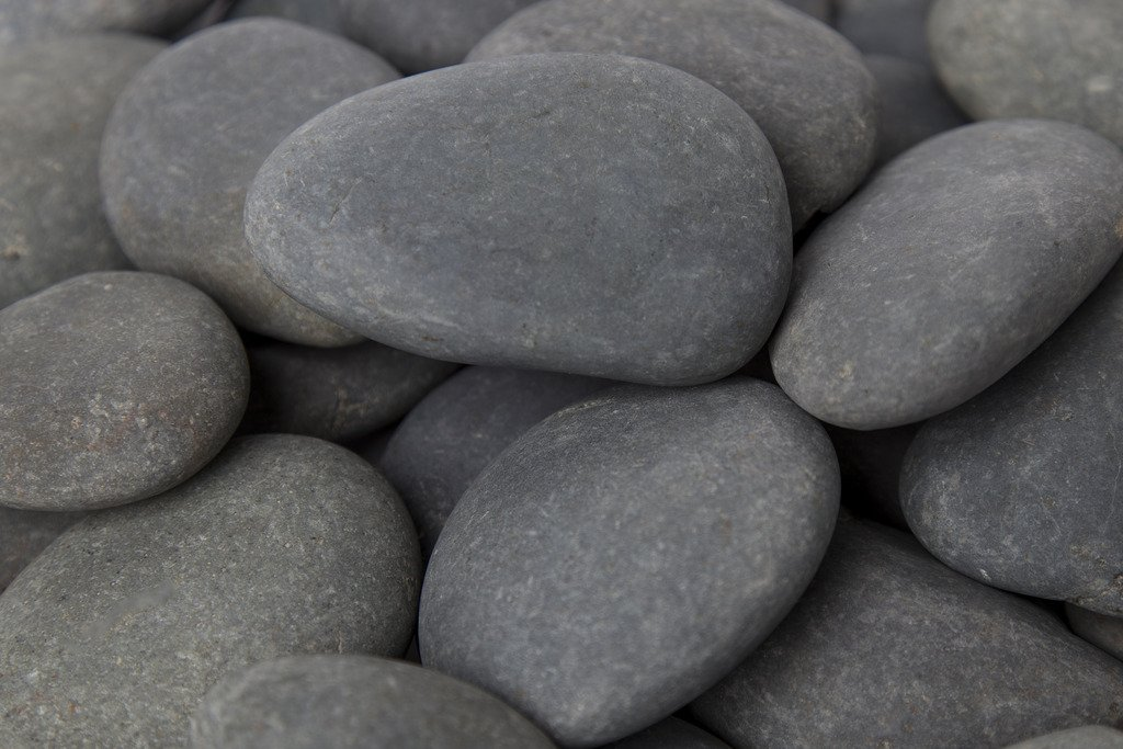 Margo 2200lb. Large Mexican Beach Pebble 3 in. to 5 in. (Super Sack Pallet)