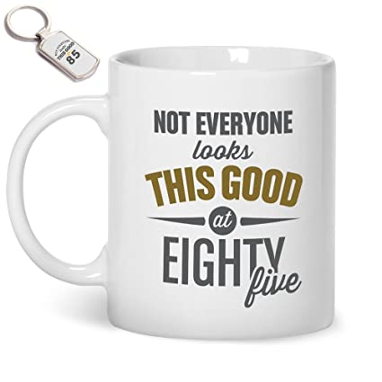 85th Birthday Gift For Men Mug And Key Ring Women 1933 Still Looking Good At 85 Coffee Amazoncouk Kitchen Home