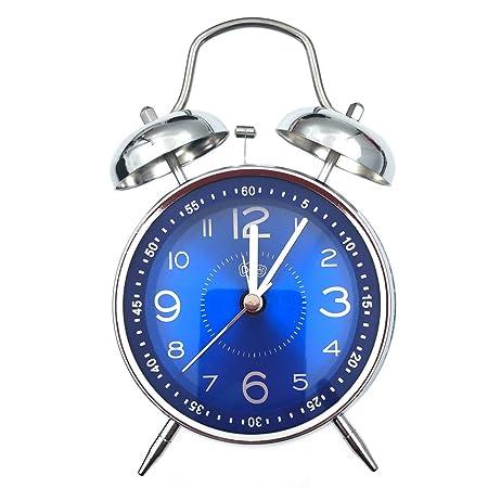 Retro Reloj Despertador, Reloj, habitación de casa con Ultra ...