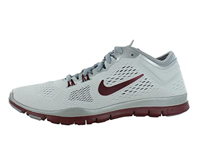 sale retailer afda9 79bab Nike Women s Free 5. 0 TR Fit 4 Team Cross Trainer (11 B(M) US, Red)  Buy  Online at Low Prices in India - Amazon.in