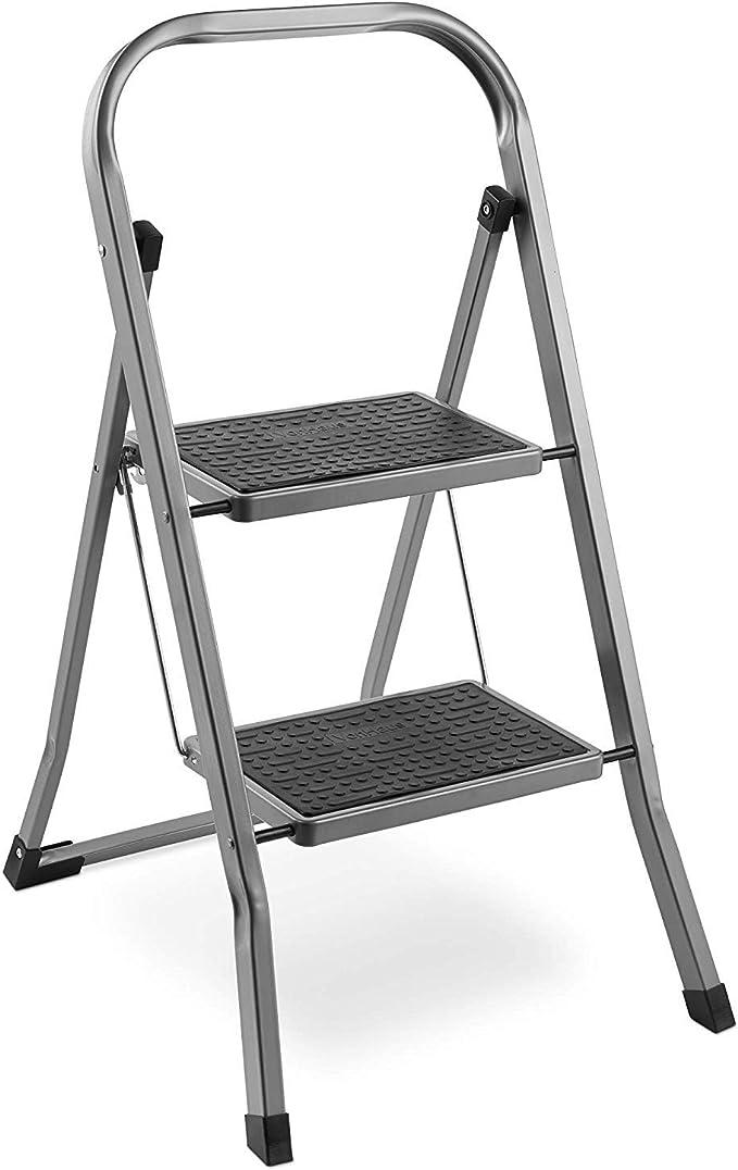 Escalera de acero con 2 peldaños – Patas antideslizantes – Diseño plegable fácil de guardar – Ideal para casa/cocina/garaje: Amazon.es: Bricolaje y herramientas