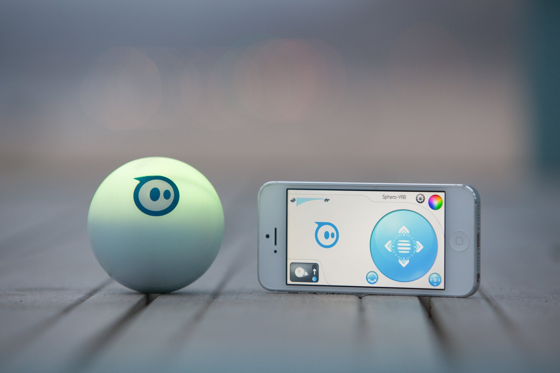 Sphero iOS and Android App Controlled Robotic Ball - Retail Packaging - White (Discontinued by Manufacturer) by Sphero (Image #9)