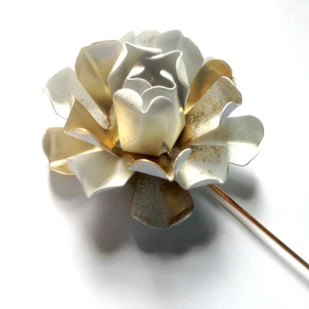 Metal Enamel Flower Lapel Pin White and Gold Tone