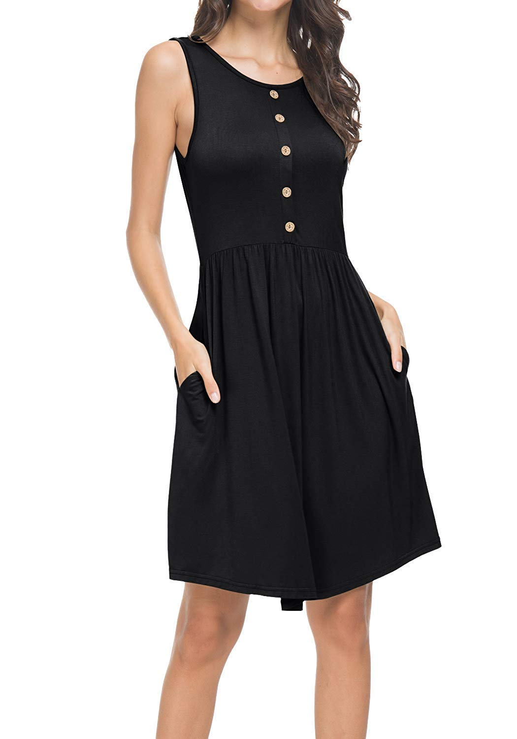 Great little black dress! Love the pockets!