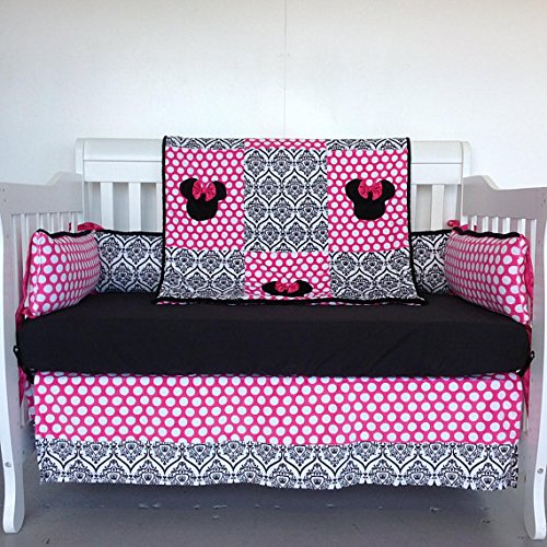 4pc Standard Crib Set- Minnie Mouse/ Crowns
