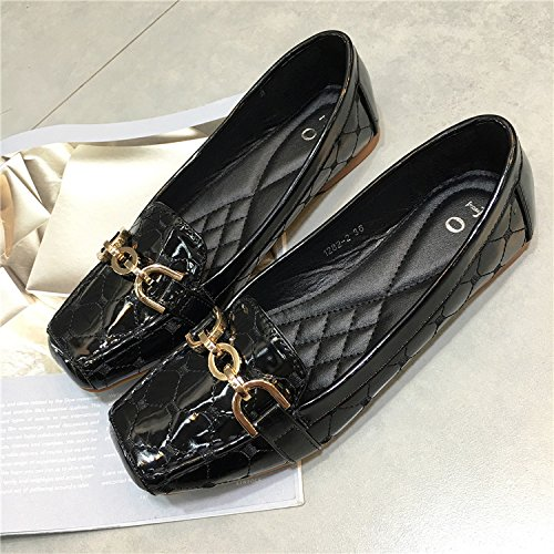 YFF New shallow patent mouth shoes patent shallow leather square head metal chain women's flat shoes,red , 41 casual all-match B072XJB3VG Parent 1c258c