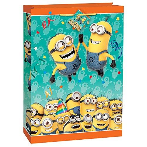 Despicable Me Minions Gift Bag]()