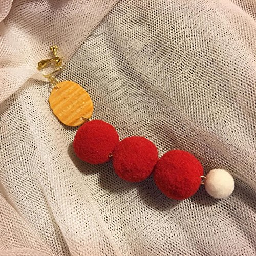 (Pear brand shops) Jaese potato dumpling plush balls earrings ear clip earrings