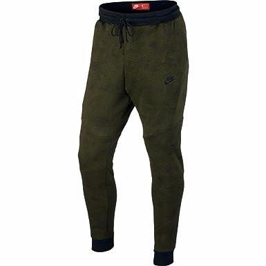 feaa042886a0e Nike Tech Fleece Joggers (Green/Black, M) at Amazon Men's Clothing ...