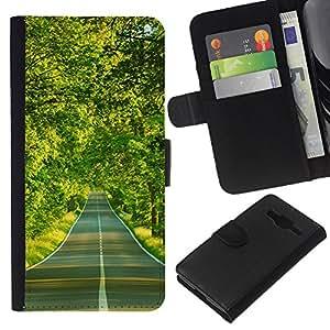 Planetar® Modelo colorido cuero carpeta tirón caso cubierta piel Holster Funda protección Para Samsung Galaxy Core Prime / SM-G360 ( Forest road )
