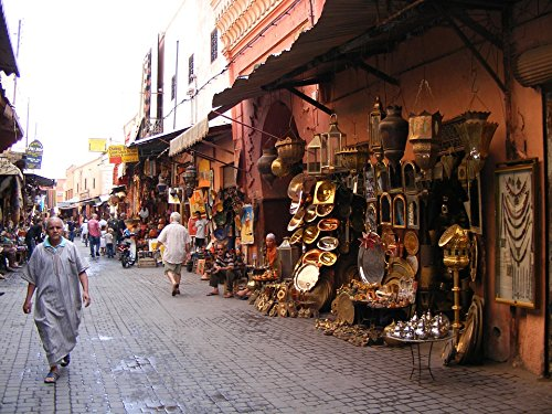Home Comforts LAMINATED POSTER Craft Medina Souk Marrakesh Moroccan Lamps Poster 24x16 Adhesive Decal (Medina Lamp)