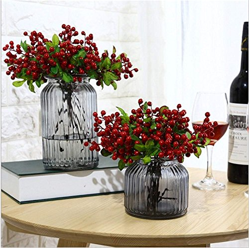 M-ELEGANT 10pcs Artificial Berries Rich Red Berry Stems Holly Christmas Berries for Festival Holiday and Home Decor