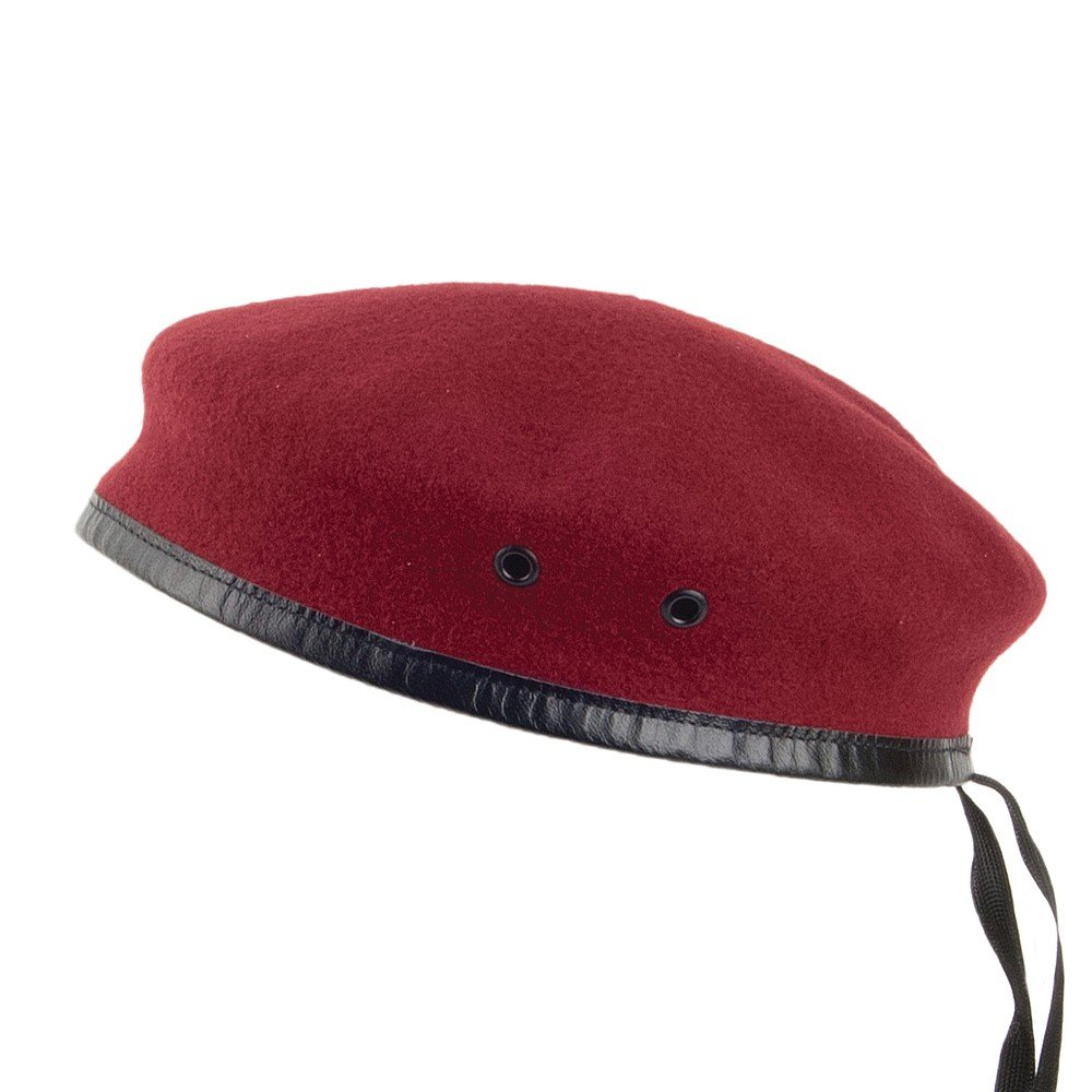cb8443ad334 Laulhère Hats Merino Wool French Military Beret - Red  Amazon.co.uk   Clothing