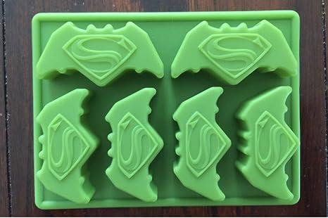 Amazon.com: Batman vs Superman torta de cumpleaños Pan Candy ...