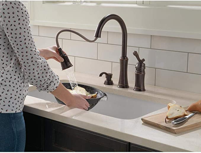 Delta Lakeview 59963 Rbsd Dst Single Handle Pull Down Sprayer Kitchen Faucet In Venetian Bronze With Soap Dispenser Amazon Com