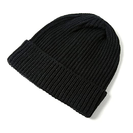 10c9975c326 Amazon.com  KA DUNSI 1Pc Solid Color Yellow Beanie Cap Knitting Men Women  Autumn Winter Soft Warm Skiing Hat Black  Clothing