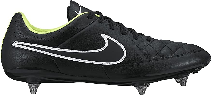 chaussure rugby nike