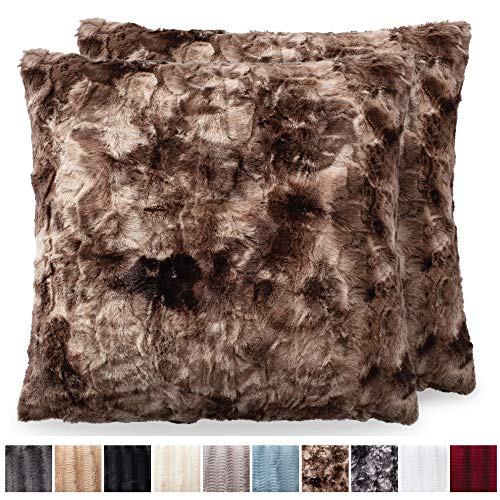 The CONNECTICUT HOME COMPANY Original Faux Fur Pillowcases, Set of 2 Decorative Case Sets, Throw Pillow Covers, Luxury Soft Cases for Bedroom, Living Room, Couch Sofa & Bed (18x18 inch, Tie Dye Brown)