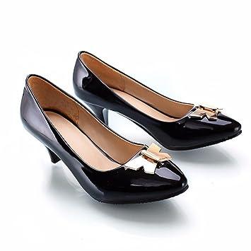 Metallteile, Schuhe, große spitze Schuhe, rot, 40