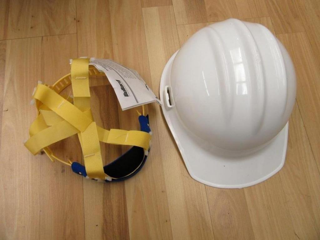 Bullard 3000 Hard Hat White 6-1/2 to 8 Sizing (Pack of 10)