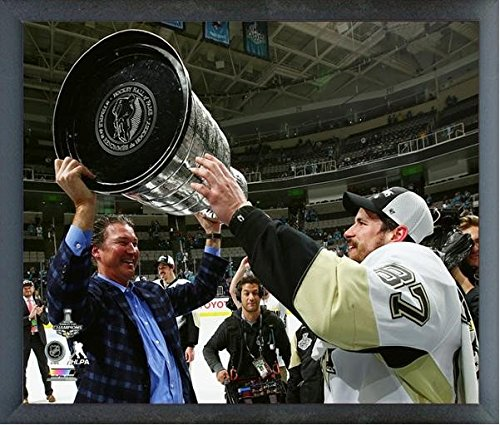 """Sidney Crosby Mario Lemieux Pittsburgh Penguins 2016 NHL Stanley Cup Trophy Photo (Size: 12"""" x 15"""") Framed"""