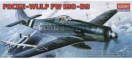 1//72 Hasegawa SP379 Strike Witches Gertrud Barkhorn 1//20 w//Focke-Wulf Fw190D-9