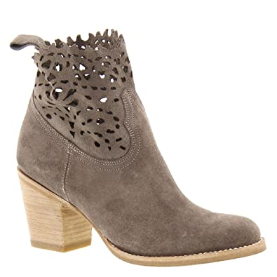Amazon.com: FRYE Women's Grey Suede Victoria Cut Short Boot Round Toe -  79117-Ept: Shoes
