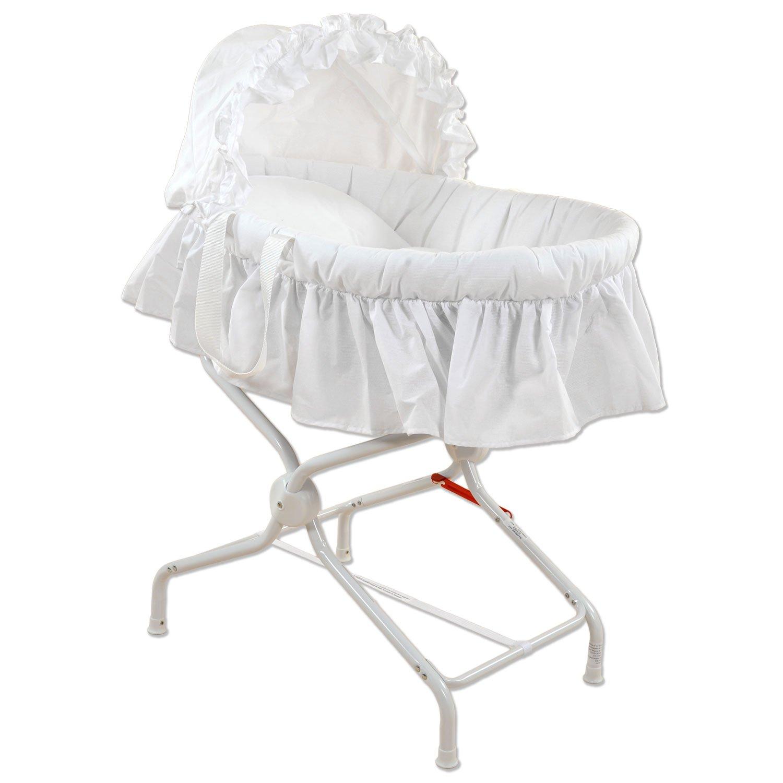 Couffin bébé avec textile blanc brodé rétro et son support métal. BEBEACHAT