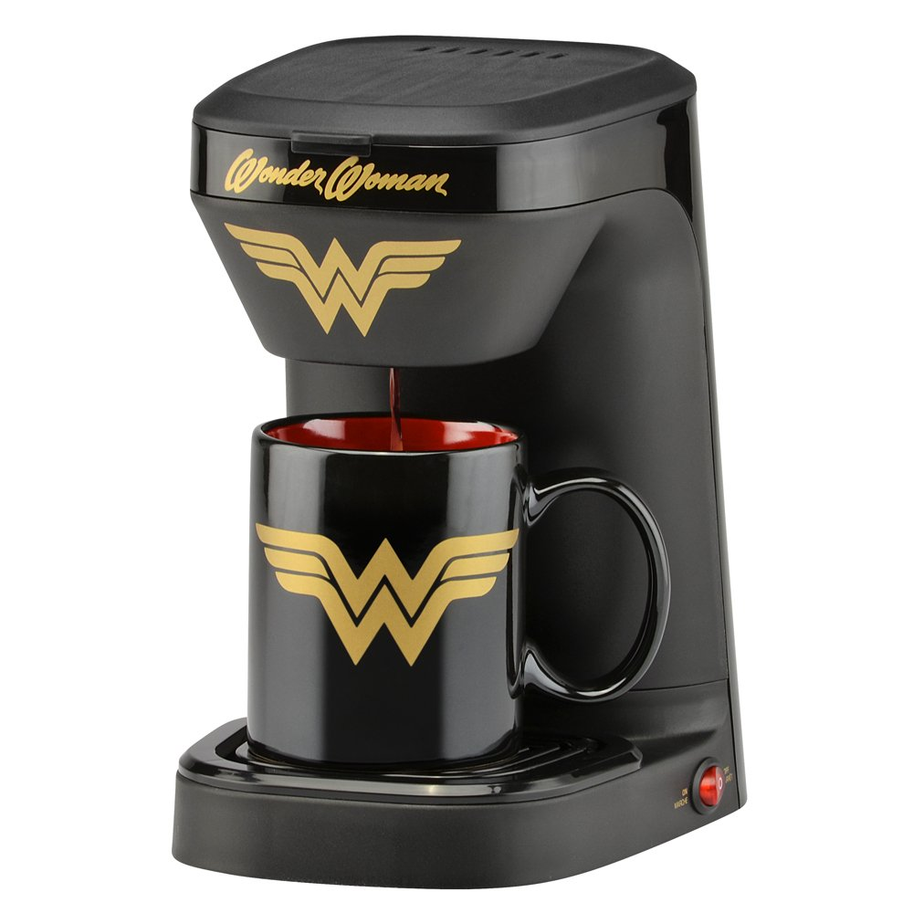 DC Wonder Woman 1-Cup Coffee Maker with Mug